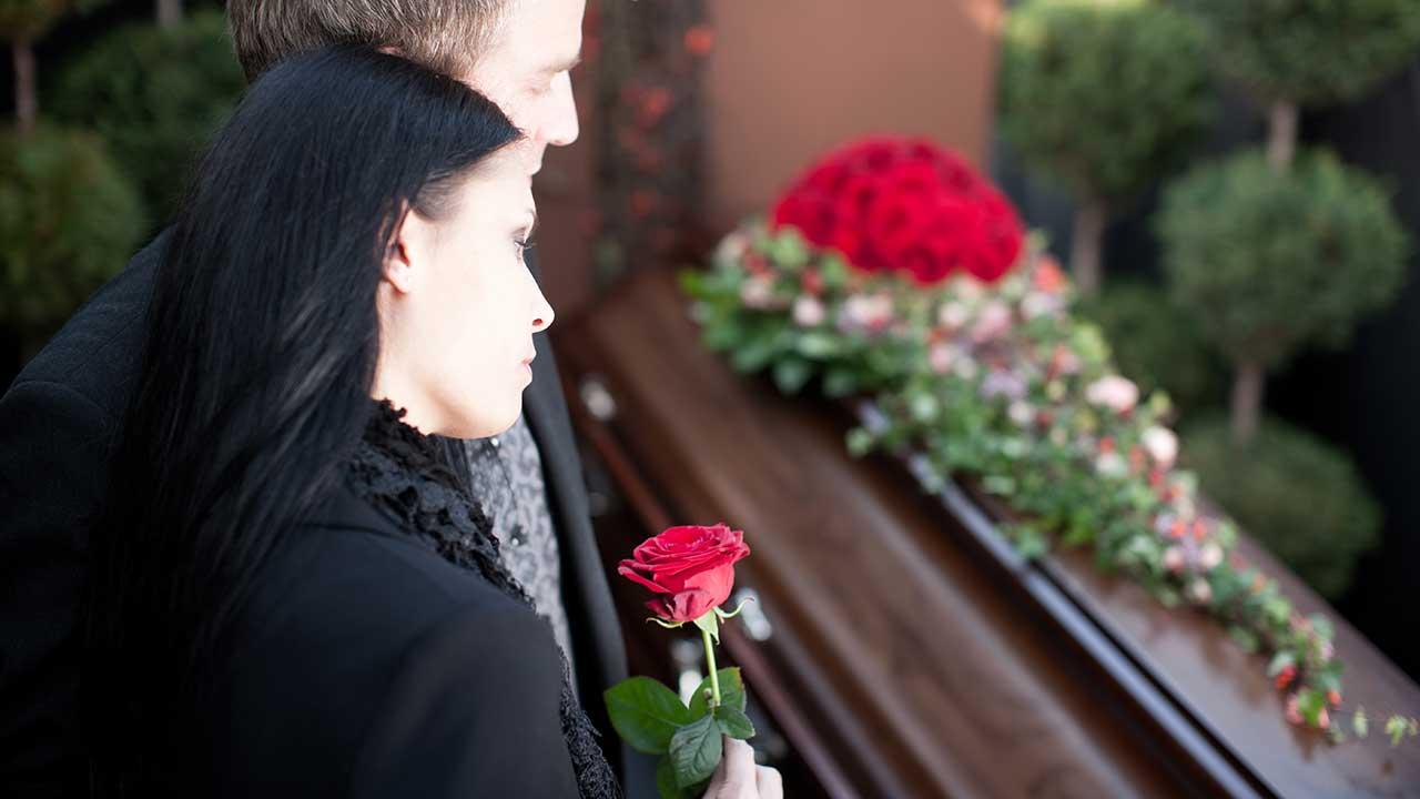 Aufbahrung Bestattungshaus Behrens-Funke Bad Zwischenahn